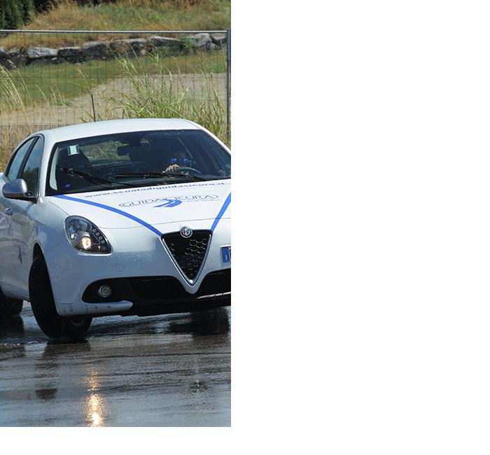 Alfa-Romeo-Scuola-Di-Guida-Sicura-Vito-Popolizio